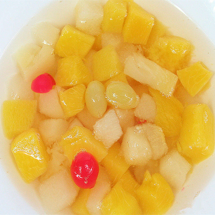 fruit jelly in cup in light syrup
