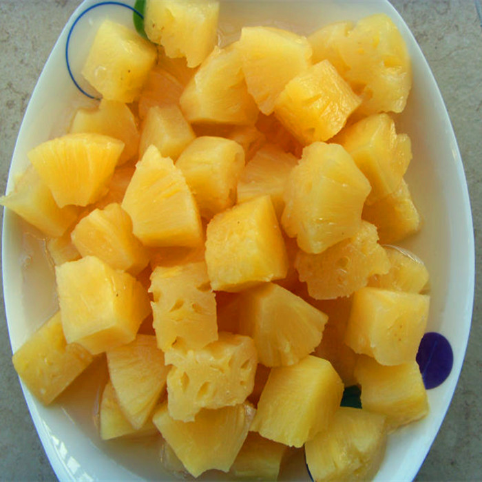 850g canned pineapple chunks